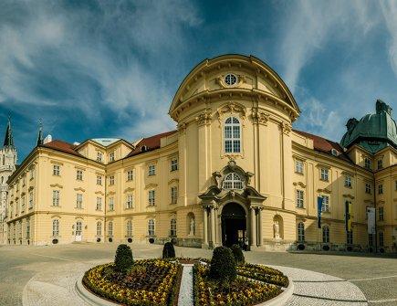 Stiftsplatz Stift Klosterneuburg