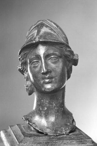 KG 10 Kopf der Minerva