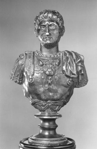 KG 14 Büste eines Imperators